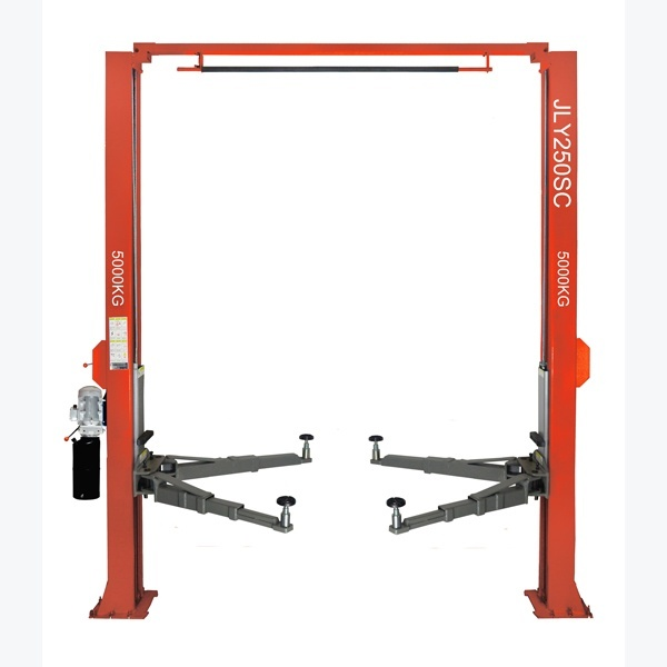 Automobile lifting machine for automobile maintenance equipment